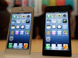 iPhone 5 Review By Experts